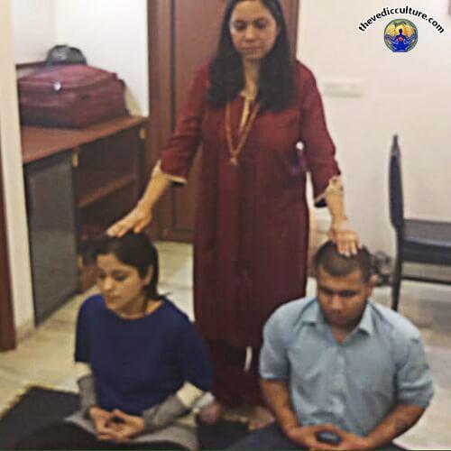 Maa Devyani Nanda with diciples