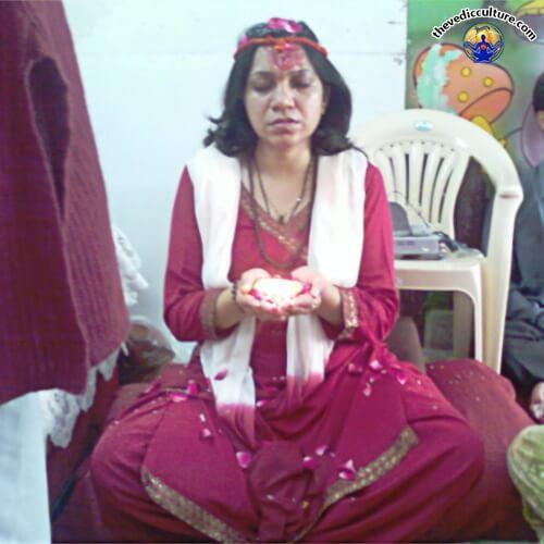 Maa Devyani Nanda on Sadhna