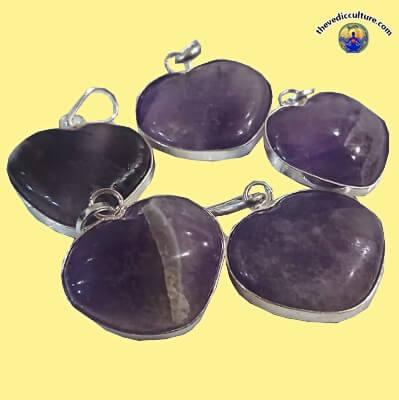 Crystals heart pendant